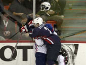 Фрагмент матча сборных США и Словении. Фото AFP